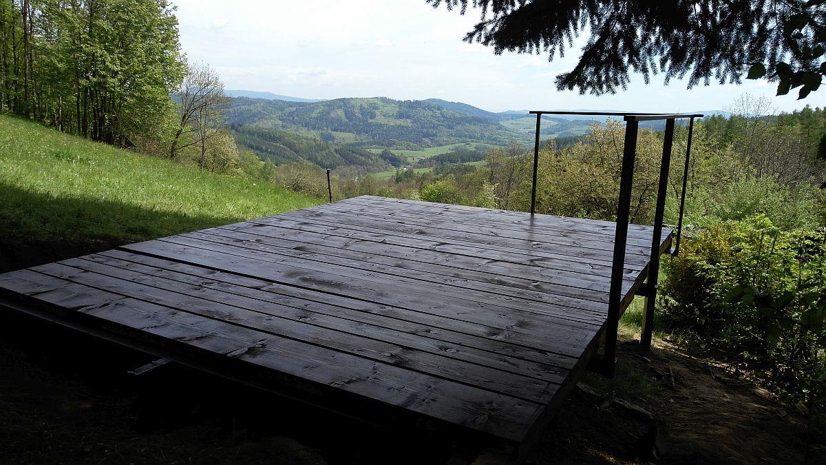 Babiččina vyhlídka - pohled do údolí