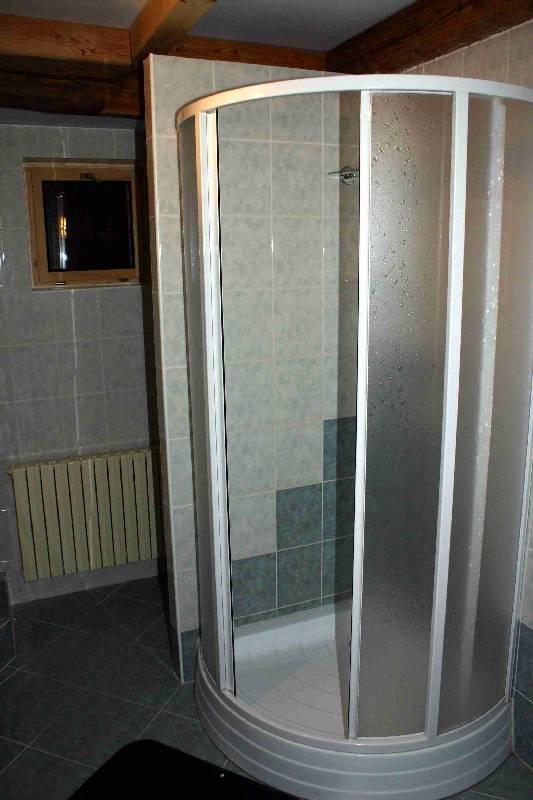 Koupelna a WC v podkroví 3
