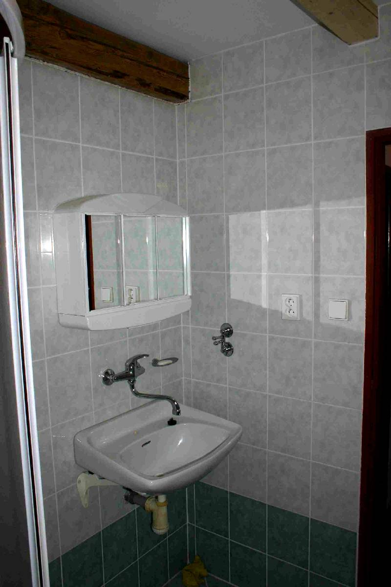 Koupelna a WC v podkroví 4