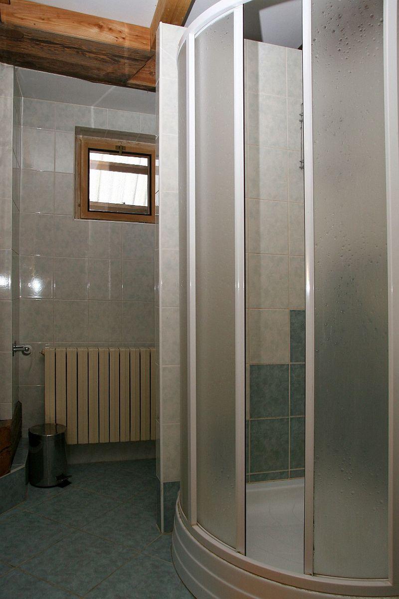 Koupelna a WC v podkroví